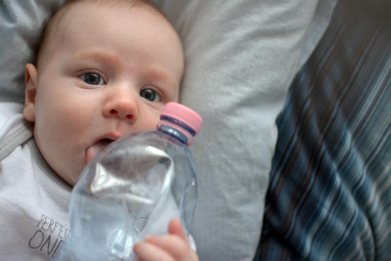 Zabawa butelką po wodzie Primavera (5)