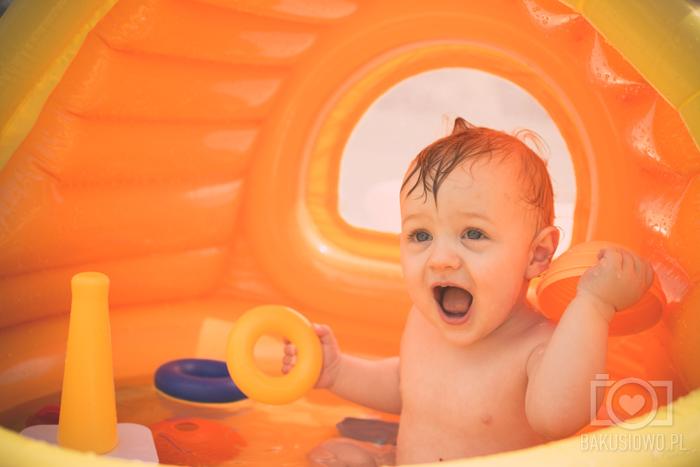 Blog Lifestylowy Parentingowy Modowy Dziecięcy Rodzinny Bakuś Bakusiowo Fisher Price Zabawy w Basenie (3)