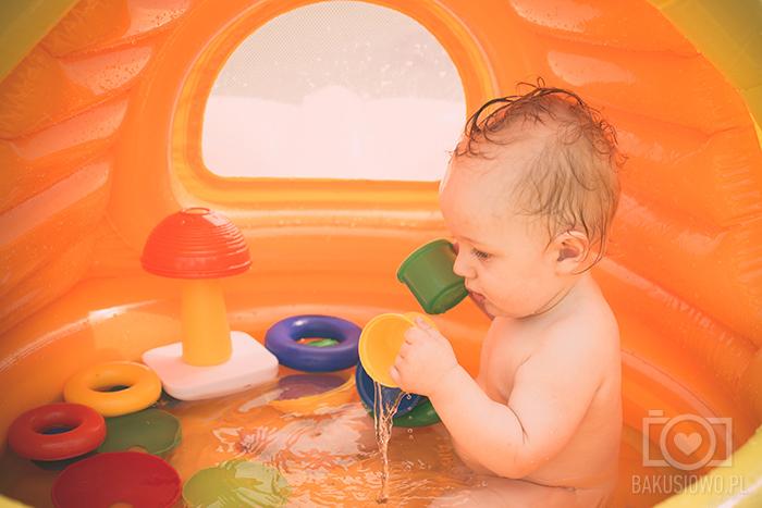Blog Lifestylowy Parentingowy Modowy Dziecięcy Rodzinny Bakuś Bakusiowo Fisher Price Zabawy w Basenie (7)