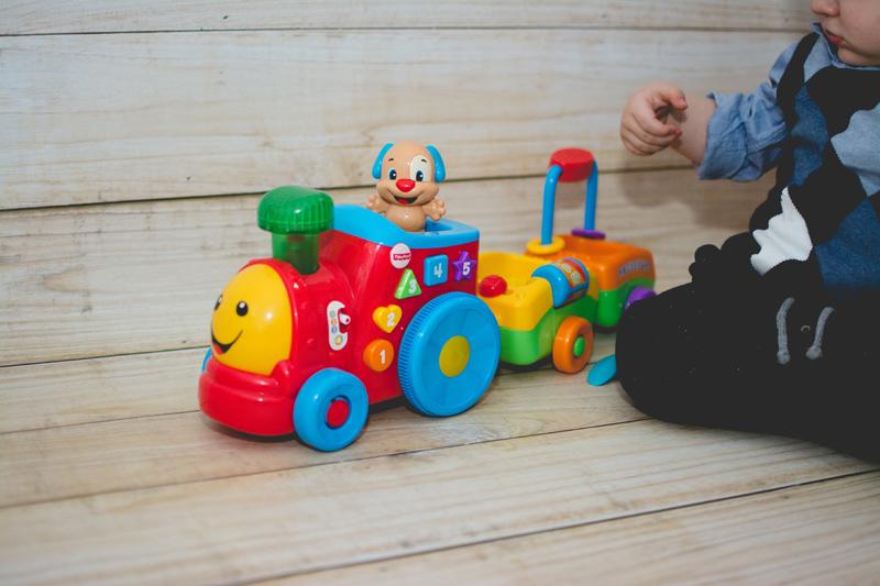 Fisher-Price Blog z Zabawkami Zabawki dla Dzieci HM Prezent na urodziny Zara (10)