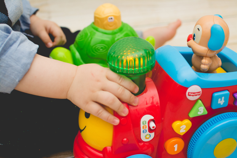 Fisher-Price Blog z Zabawkami Zabawki dla Dzieci HM Prezent na urodziny Zara (16)