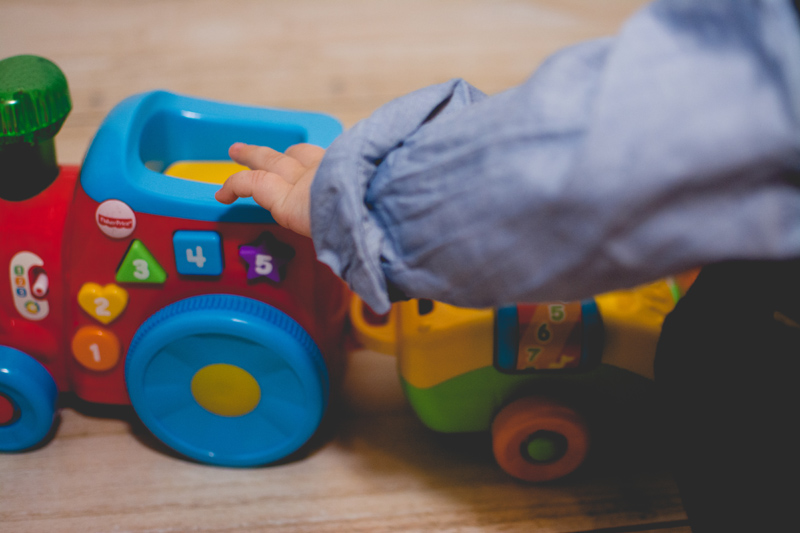 Fisher-Price Blog z Zabawkami Zabawki dla Dzieci HM Prezent na urodziny Zara (4)