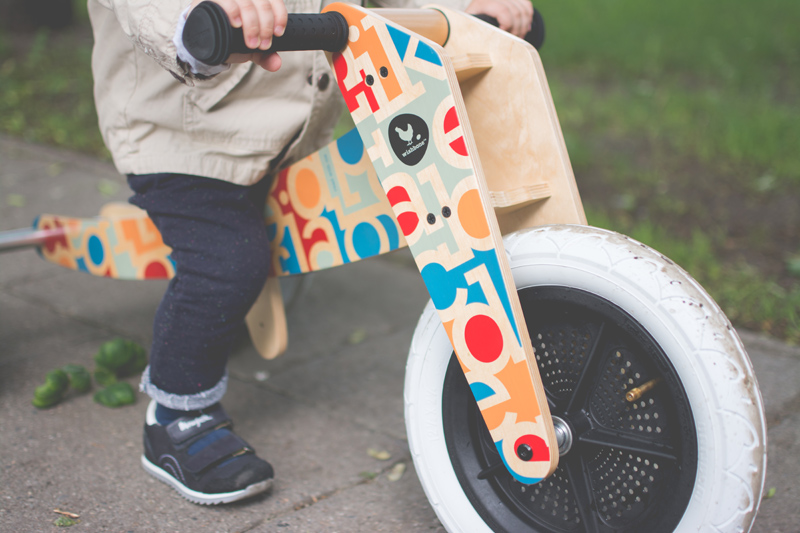 Rowerek drewniany biegowy Wishbone test blog dziecięcy blog modowy (1)