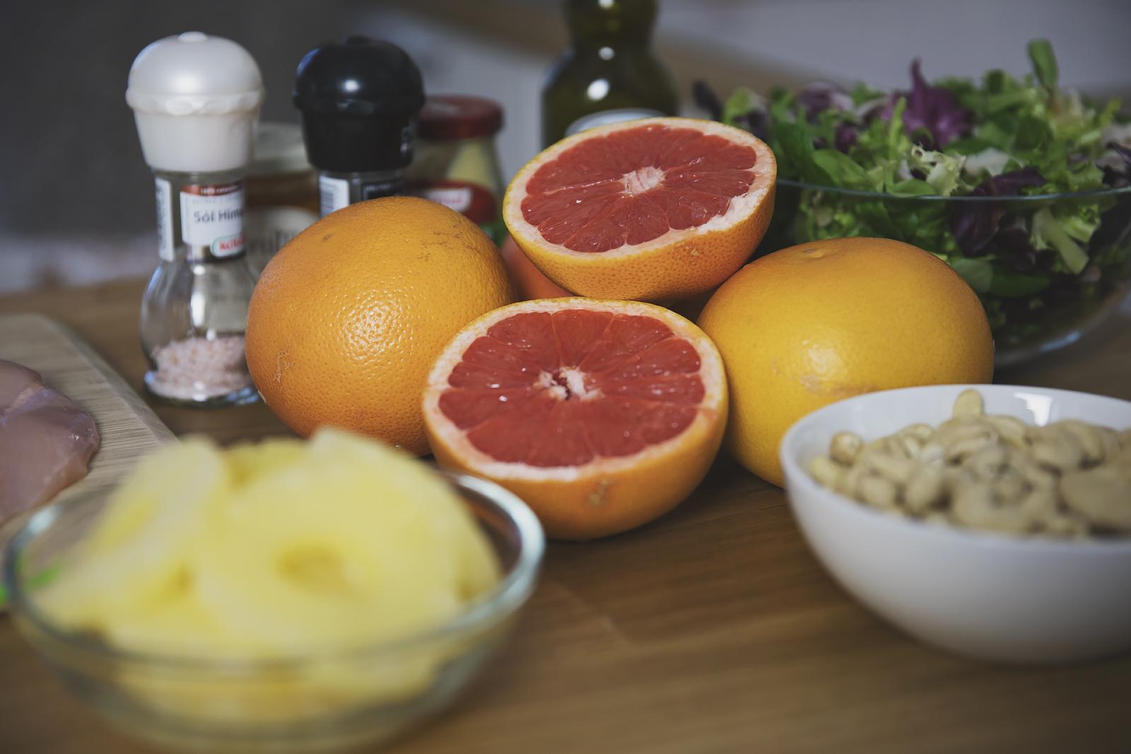 airfryer-salatka-z-kurczakiem-i-grejpfrutem1