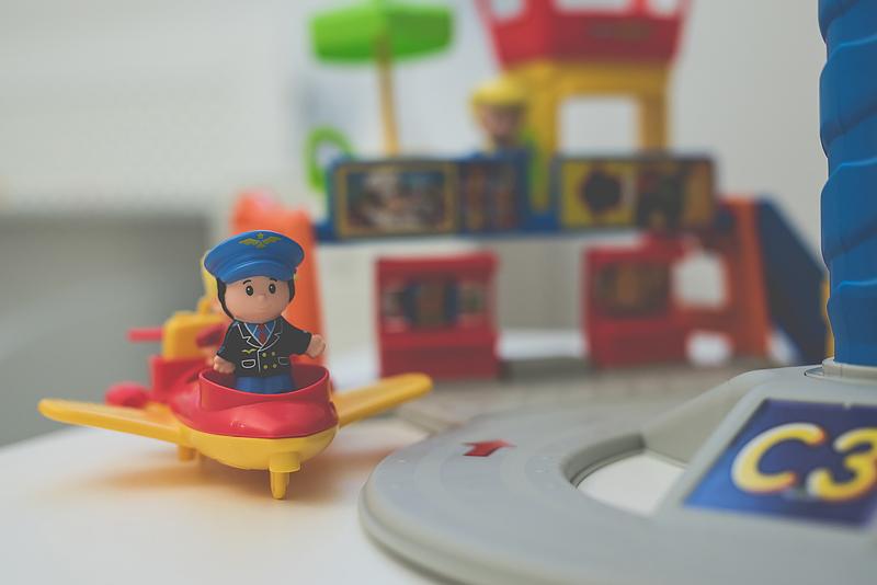 Fisher-Price Bebo Lotnisko Little People Blog Opinia Test00003