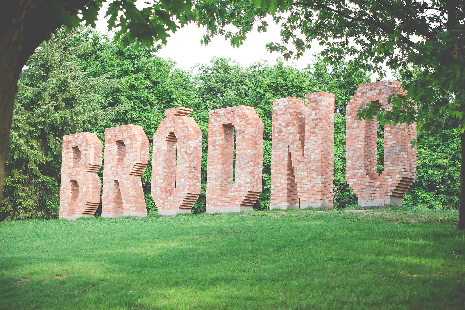 park brodnowski napis