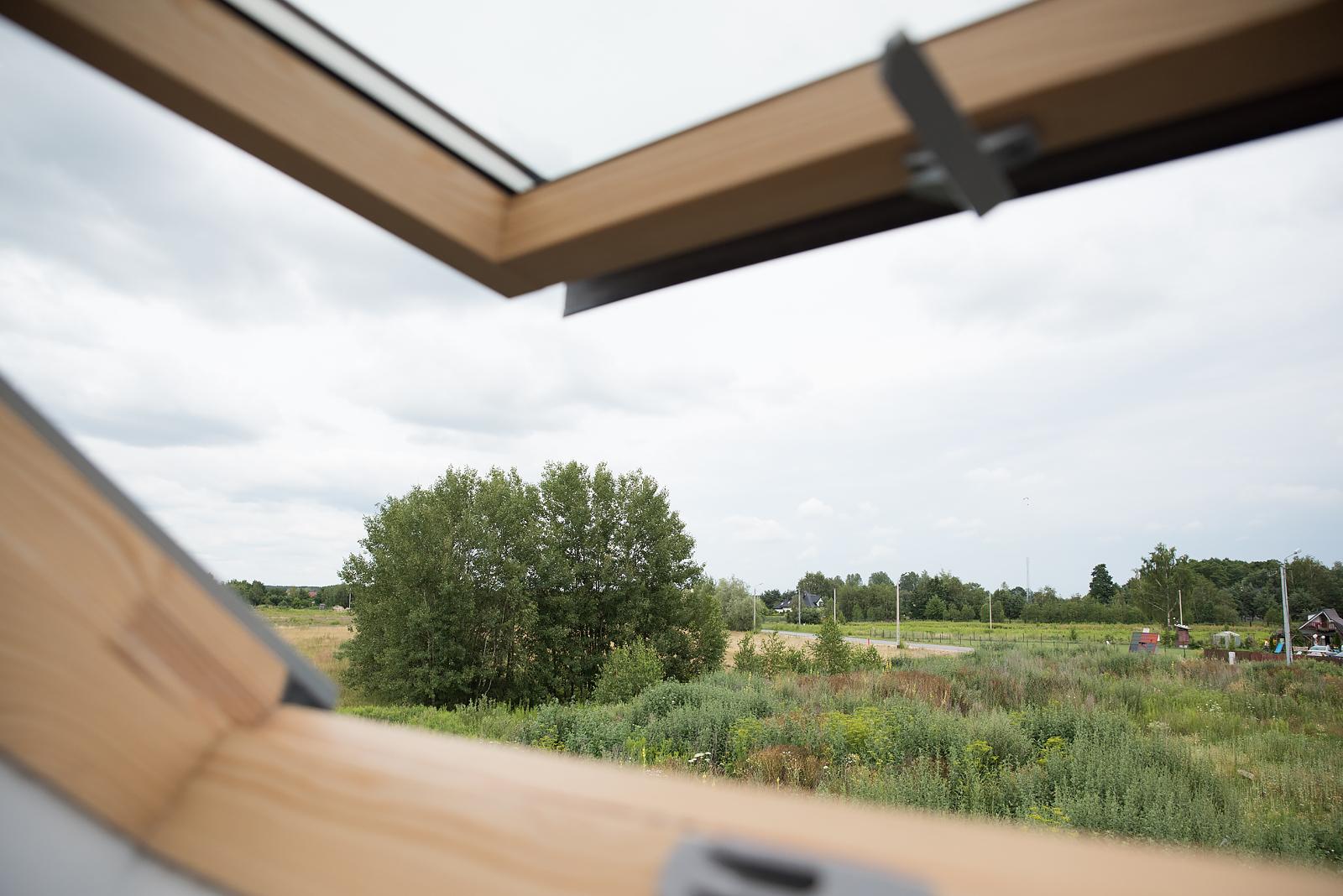widok z okna dachowego