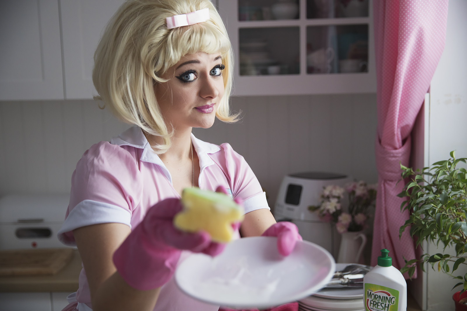 pin-up-girl-retro-blondynka-morning-fresh24